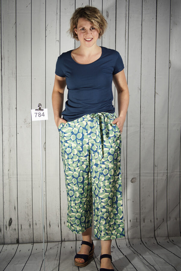 Pants allover printed